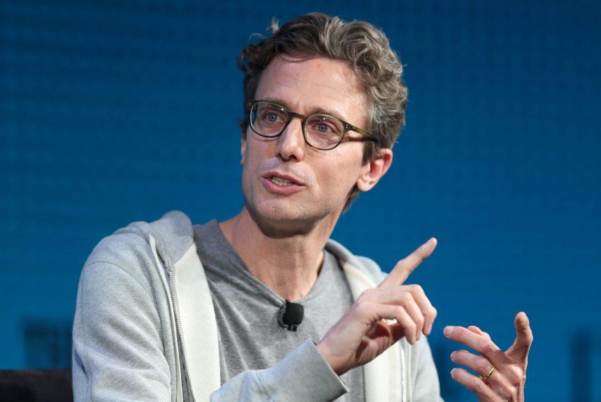 BuzzFeed announces plans to go public via SPAC
