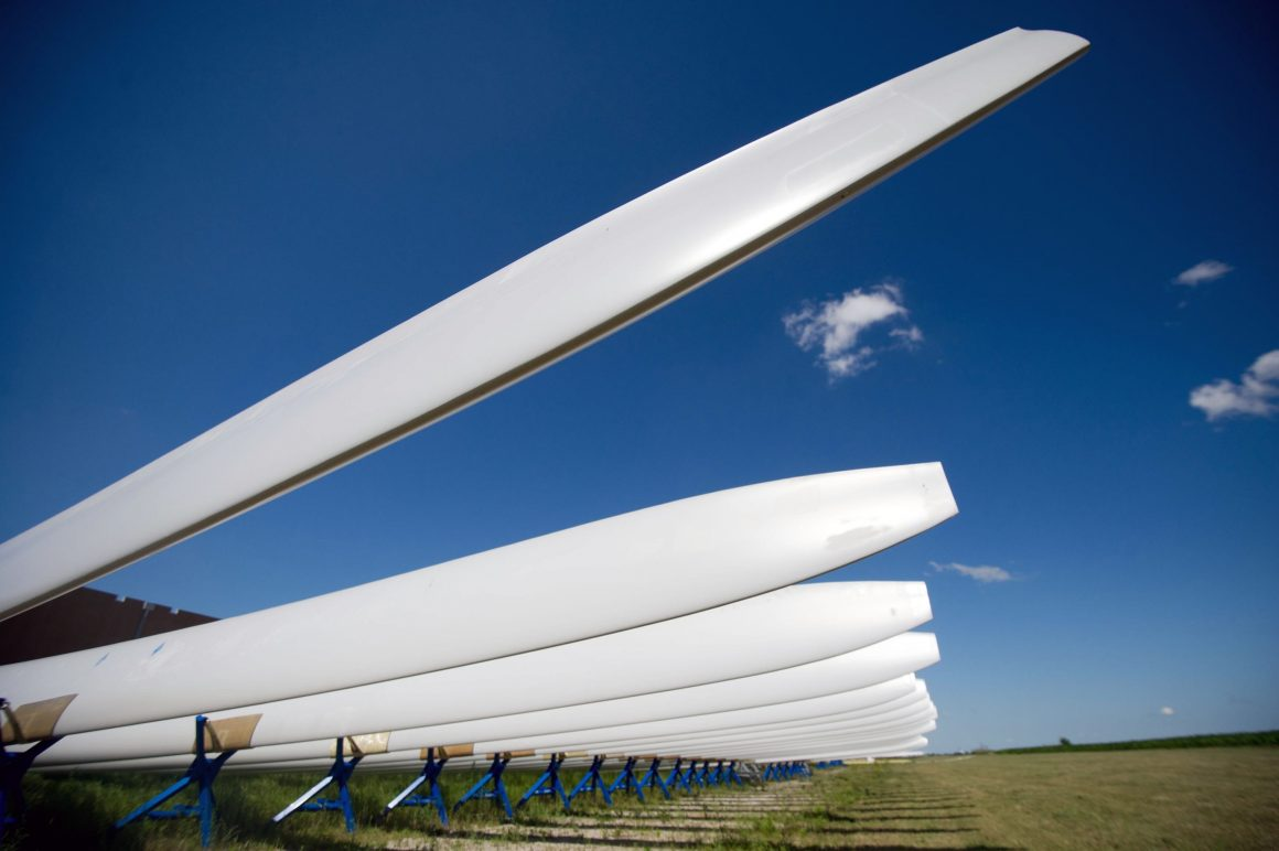 Cement firm works with GE's renewables unit on wind turbine recycling